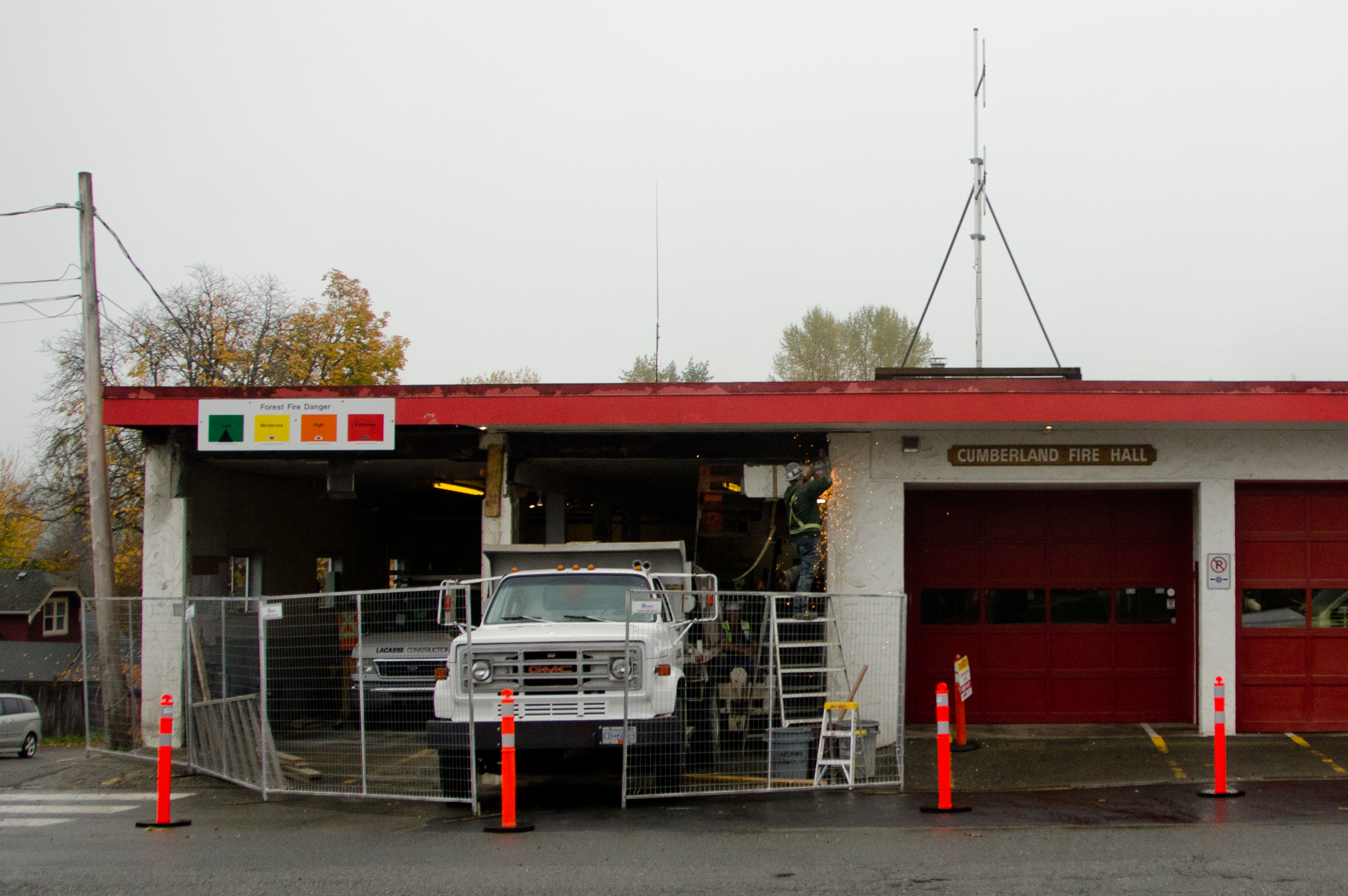 Cumberland fire hall gets much-needed crack repair - My
